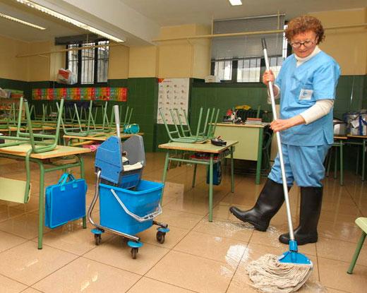 limpieza-centros-educativos-2